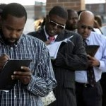 New US Jobless Claims Top 400,000 for Seventh Straight Week