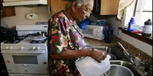poor-old-woman-in-kitchen