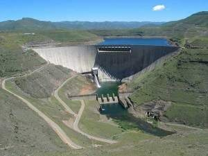 Zimbabwe Seals Hydropower Deal With China