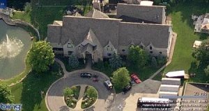 R Kelly Chicago Mansion Foreclosed