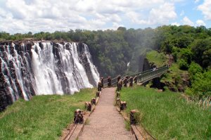 Zimbabwe Outlines Plan for 'Disneyland in Africa'