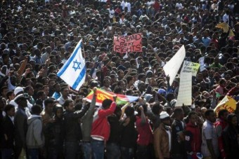 "30,000 Africans Protest Israel's Policy Of ""Jailing All Africans"""