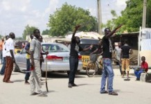 Brave Nigerian Youths Stand Up To Muslim Terrorists