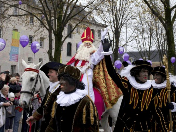 The Dutch Don't Think It's Racist For Santa To Have Black Slaves