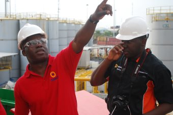 Africa's Oil King Shares Entrepreneurial Journey With Budding Business Owners