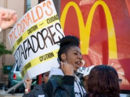 More Than A Third Of Oakland's Fast Food Workers Can't Afford Food
