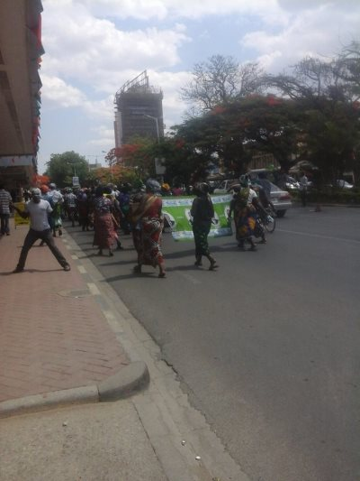 Zambians Protest Against Illegal White President
