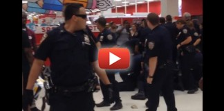 VIDEO: Crowd Becomes Angry As They Watch NYPD Thugs Jump On One Man