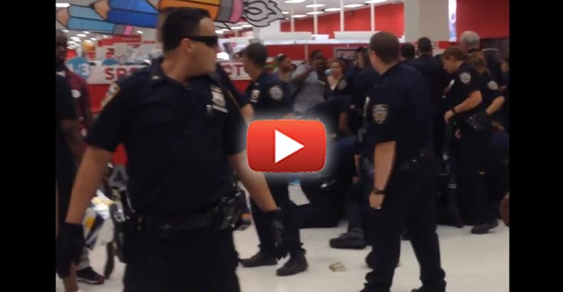 Crowd Becomes Angry As They Watch NYPD Thugs Jump On One Man