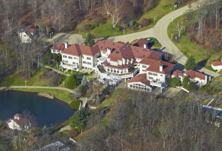 50 Cent Is Just Latest Homeowner To Be Bankrupted By This Connecticut Mansion
