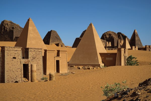 10 Things They Never Told You About Africa - Must Read