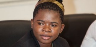 17 Year-Old Zimbabwean Girl Completes Accounting Degree