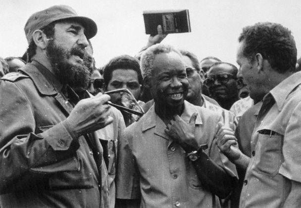 Do Not Let Them Trick You, Fidel Castro Is A Hero, Cubans In Miami Are TRAITORS!