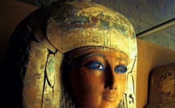 """Hundreds Of Ancient Egyptian Coffins To Be """"Restored"""""""