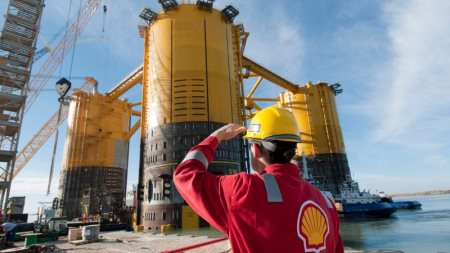 Nigeria Will Lose $6 Billion In 'Corrupt' Oil Deal With Shell And Eni