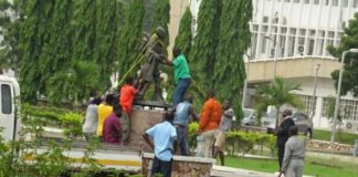 Ghana Removes Statue Of Notorious Racist Gandhi