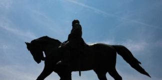 These Two Southern States Still Celebrate Robert E. Lee's Birthday On MLK Day
